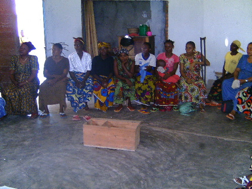 Training of a Microcredit Union group of 25 CADELU Church women in Basankusu