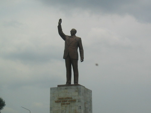 The Lumumba statue stands on Boulevard Lumumba, the thoroughfare leading from the Kinshasa airport to downtown